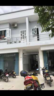 Nhà phố liền bệnh viện huyện bàu bàng.