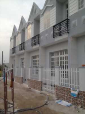 Bán nhà mới xây, 5x17m Sổ hồng riêng, 4 phòng ngủ, 2 wc, 1 trệt 1 lầu, QL50