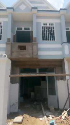 Nhà mới Bình Chánh, Dt 96m2, 3 PN, chính chủ