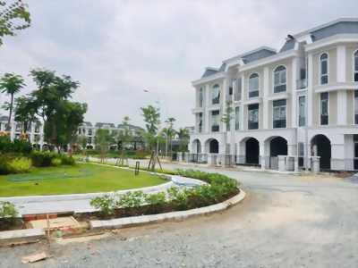 Nhà phố 1 trệt 2 lầu, thiết kế hiện đại, mt Nguyễn Hữu Tri, Bình Chánh