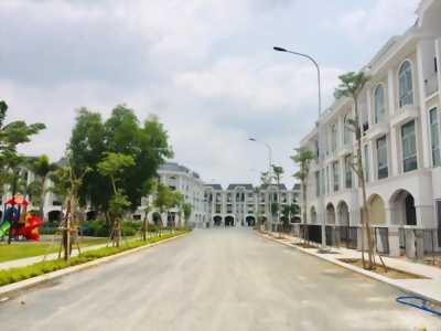 Nhà MT đường gần chợ bình chánh giá 1,8 tỷ, Shr