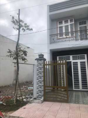 Chính chủ bán gấp nhà và lô đất kế bên xã Phạm Văn Hai giá 900tr có sổ