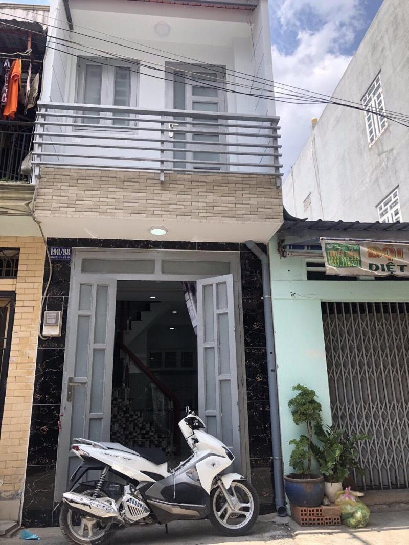 Nhà 1 trệt 2 lầu, 70m2, mt Nguyễn Cửu Phú, Bình Chánh