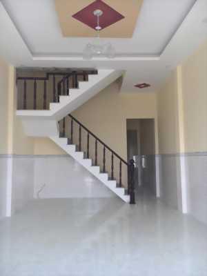 Bán nhà đầy đủ nội thất, 110m2, mặt tiền quốc lộ 50
