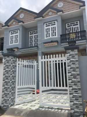 Bán nhà mới xây, 1 trệt 1 lầu, 2PN, 2 Tolet