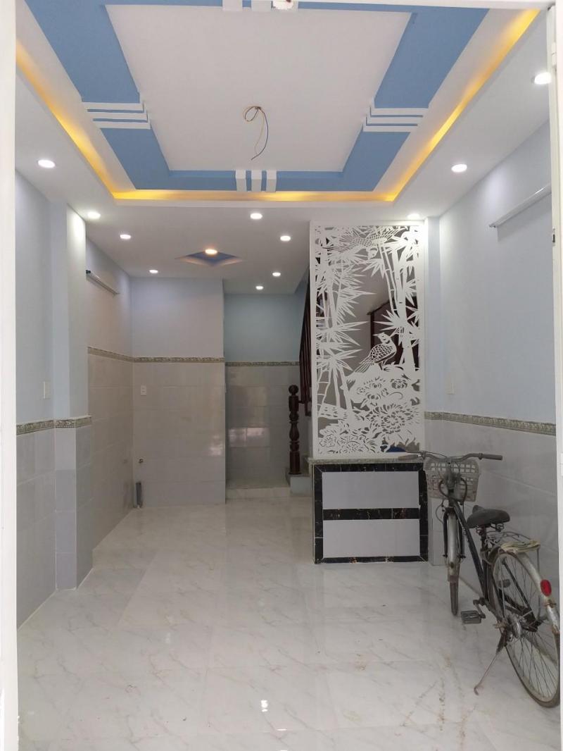 Nhà 40m2, trệt, lầu hẻm Ao Uốn gần trị trấn Cần Giuộc, Trường Bình