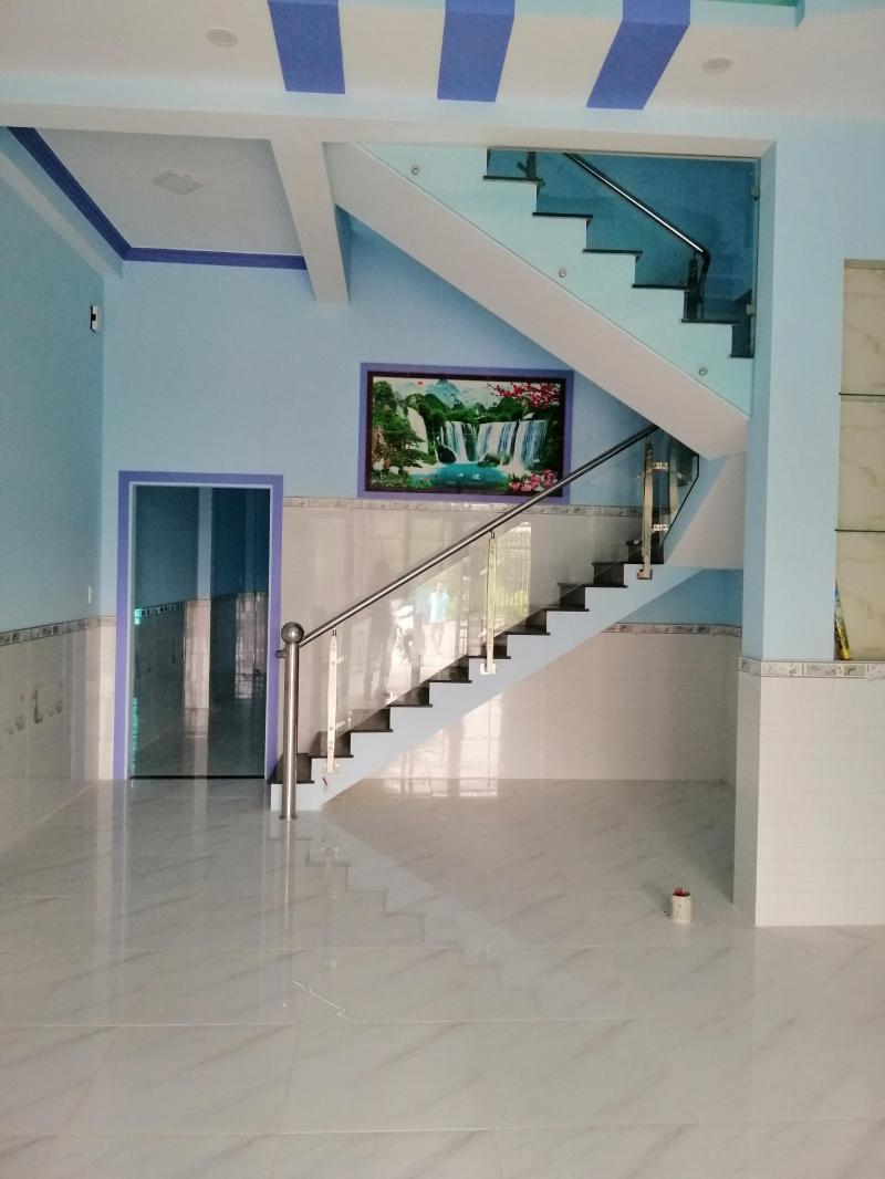 Bán nhà KDC Tân Kim Mở Rộng, gần quốc lộ 50, ấp Long Phú, xã Tân Kim, sổ hồng riêng nhà mới xây