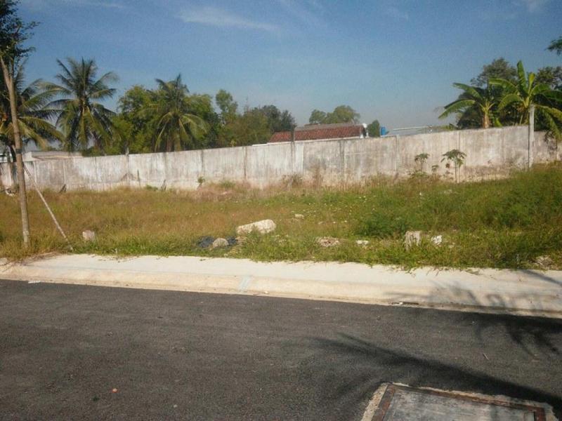 Bán đất gia re 490.000.000 đ- 100 m2