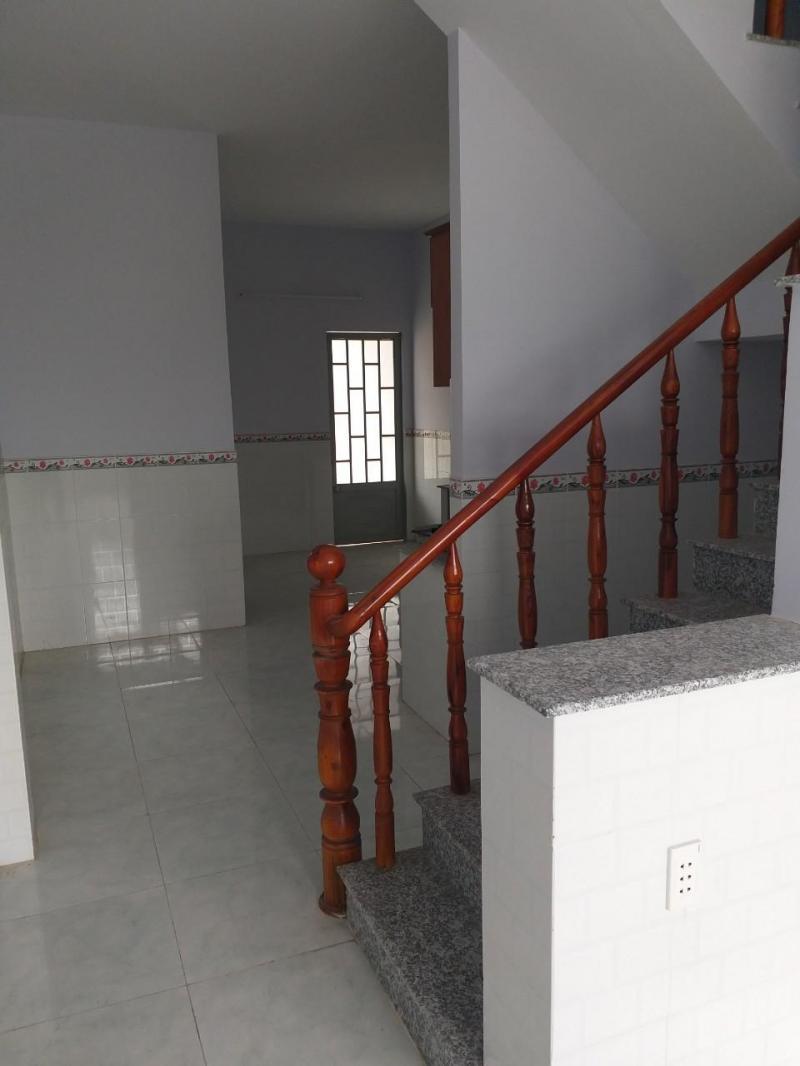 Bán nhà hẻm ba gác, sân trước sân sau, trệt, lầu,đường ấp Long Phú, xã Tân Kim, Cần Giuộc, Long An.