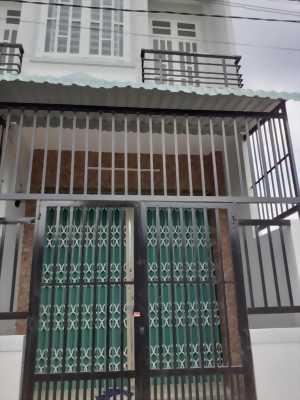 Bán nhà 1 trệt 1 lầu, hẻm xe hơi ở đường Bờ Chùa, xã Phước Hậu, Cần Giuộc, Long An.