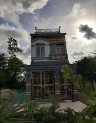 Bán gấp nhà biệt thự xinh lung linh, hẻm xe hơi xã Phước Hậu, huyện Cần Giuộc, tỉnh Long An