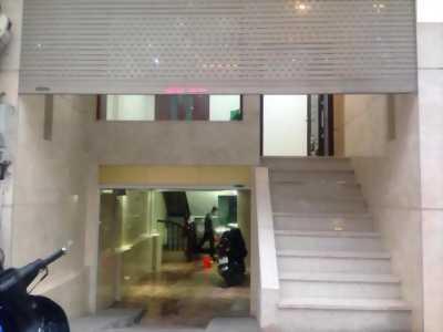 Nhà 3 tầng ngay Vincom ful nội thất