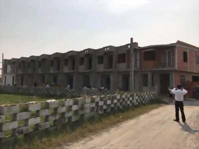 Nhà phố 1 tấm chỉ 590tr Khu CN Xuyên Á, Nguyễn Văn Bứa