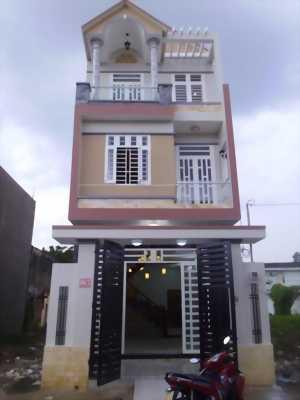 Bán nhà 3 tấm mới xây, đường Trần Văn Mười, Hóc Môn