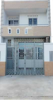 Cần bán gấp nhà 1 lầu mới xây ở đường Đặng Công Bĩnh