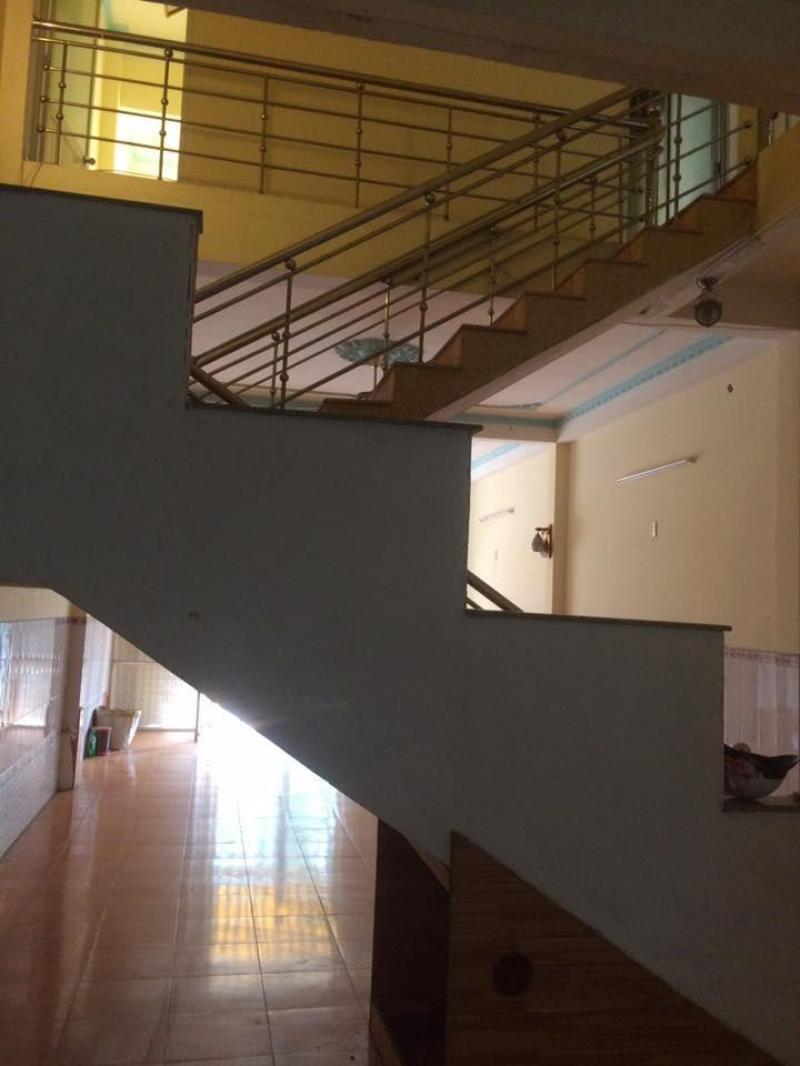 Thuê nhà nguyên căn 130 Cù Chính Lan