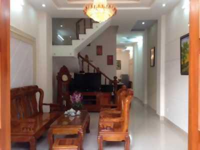 Nhà mặt tiền Đề Thám, quận 1, DT 4x22m, C4