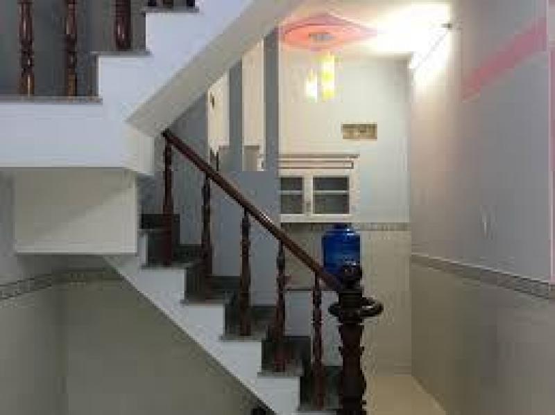 Sở hữu căn nhà 2 lầu đúc kiên cố đẹp, trung tâm Q12