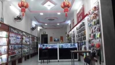 Đúc 1 lầu 4 x 24m giá 8 tỷ 300 triệu mặt tiền đường Nguyễn Thị Đặng.