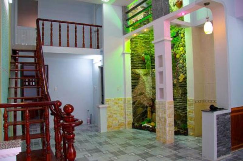 Bán nhà ngay chợ Lê Đình Cẩn, hẻm 6m giá 2,55 tỷ