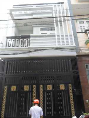 Cần bán nhà mới đẹp trên đường Huỳnh Tấn Phát, quận 7