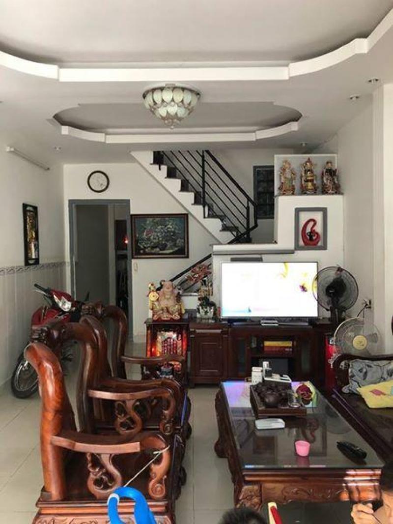 Nhà nguyên căn 1 lầu, 3 phòng, 2 wc mặt tiền đường số - Chợ Tân Mỹ, Q7