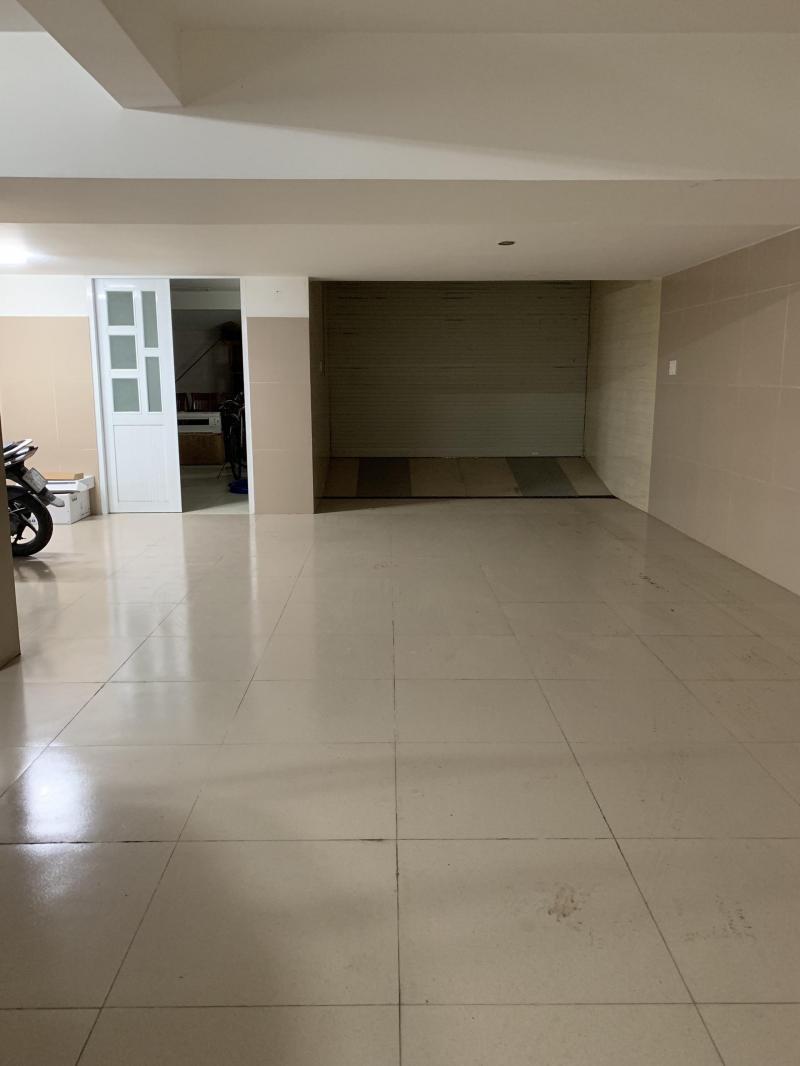 0901607890 Cho thuê nhà mặt tiền đường 10m, Him Lam Q.7. DT 8x15m, 1 hầm, 3 lầu.