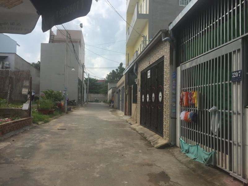 Bán gấp nhà cấp 4 hẻm 320 Võ Văn Hát, quận 9.