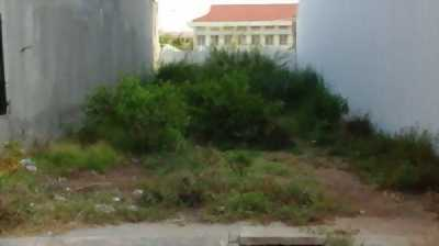 Bán đất 1 sẹc Lê Đình Cẩn, ngay chợ , dt: 5x14m
