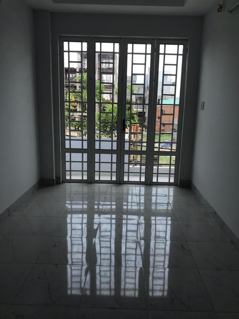 Cần bán gấp nhà mặt tiền hẻm Bùi Tư Toàn giá :1.8 tỷ diên tích 60.3 m2