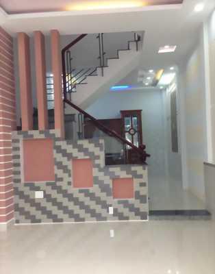 Bán nhà 4x10m, đúc 1 lầu đẹp đường Lê Đình Cẩn