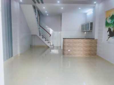 Nhà mới  4 tấm, MT 1074 Tỉnh Lộ 10, 4x8m, giá tốt 2.2 tỷ