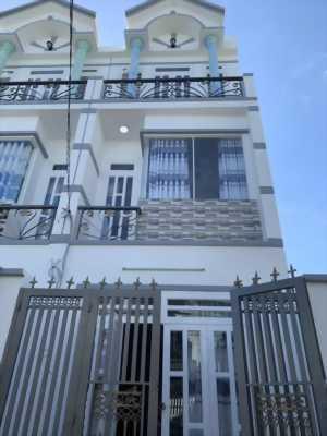 Chính chủ cần bán căn nhà 2 lầu đúc, đường liên khu 45, Bình Tân
