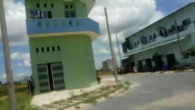 Ngân hàng Sacombank HT phát mãi 15 nhà liền kề ngã tư Bà Hom Bình Tân, sổ riêng xem ngay