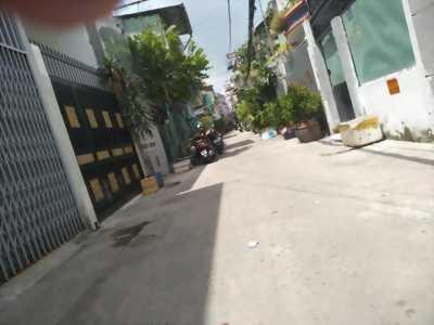 Bán nhà đẹp, hẻm trước nhà 5m, thẳng tắp, đường Bạch Đằng