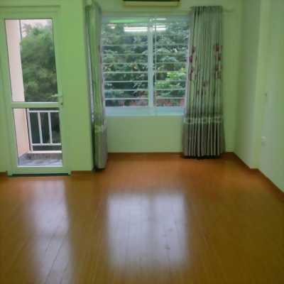 Mình cần bán ngôi nhà ngõ 120 Vĩnh Tuy, 30m2, 5 tầng mới SĐCC