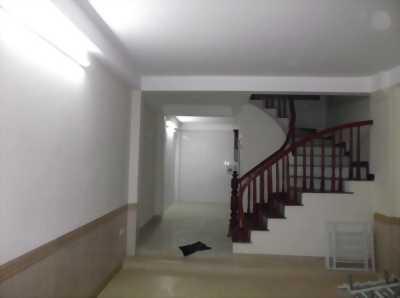 Mình cần bán nhà Giải Phóng 65m2, 5 tầng mới ở ngay, giá rẻ