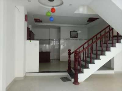 Nhà Kiệt 3 Tầng Cách Tòa Nhà hành chính 500m tại Đà Nẵng