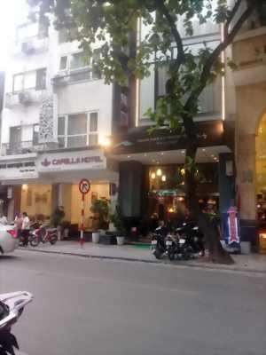 Khách sạn phố cổ trung tâm sát hồ Hoàn kiếm