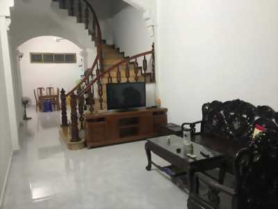 Bán nhà 4 tầng đẹp diện tích 67,5 m2, mặt tiền gần 4m. Nhà mặt ngõ Nguyễn Văn Cừ thông thoáng, ô tô đỗ cửa