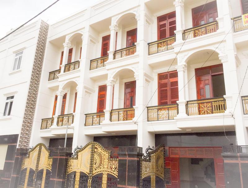Nhà phố cao cấp KDC Thủ Đức Village ngay UBND.Shr