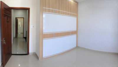 Bán nhà 1 trệt 3 lầu đường Hoàng Diệu 2, Linh Trung, Thủ Đức. LH 0938 050 299