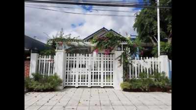 Cần tiền, bán nhà 1 trệt 2 lầu trung tâm Biên Hoà