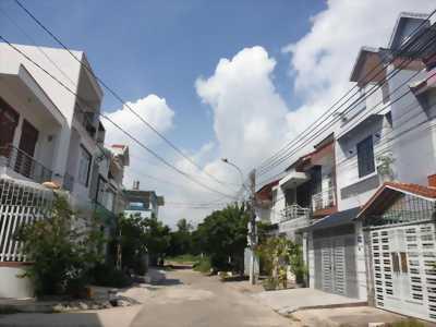 Nhà 2 mặt tiền, bắc Vĩnh Hải-Nha Trang. 3 phòng ngủ, gần biển. Giá 4.4ty