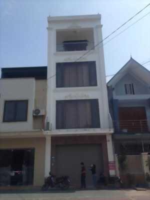 Bán nhà 4 tầng đẹp mặt đường An Dương Vương