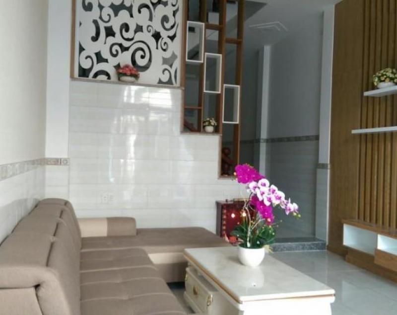 Sắc màu rực rỡ trong căn nhà 34m2 phong cách hiện đại