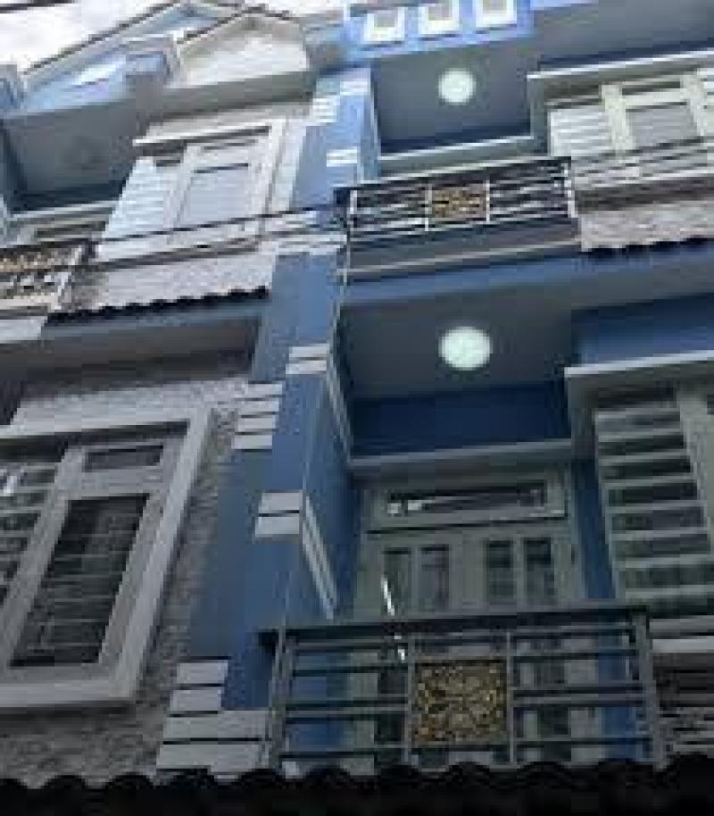 Căn nhà 34m2 đầy nắng và gió nhờ sở hữu ban công thoáng.
