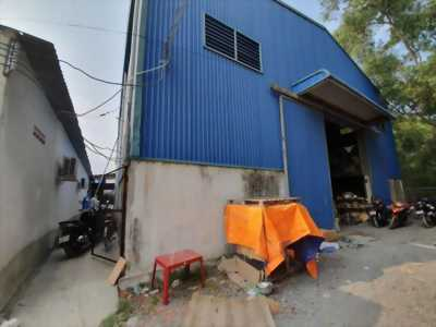 Công ty cần bán lại nhà xưởng mặt tiền thuộc xã Thanh Phú, huyện Bến Lức, Long An
