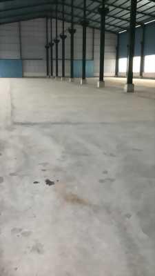 Cho thuê nhà xưởng mặt tiền đường ĐT 824 gần Khu Công Nghiệp Thịnh Phát