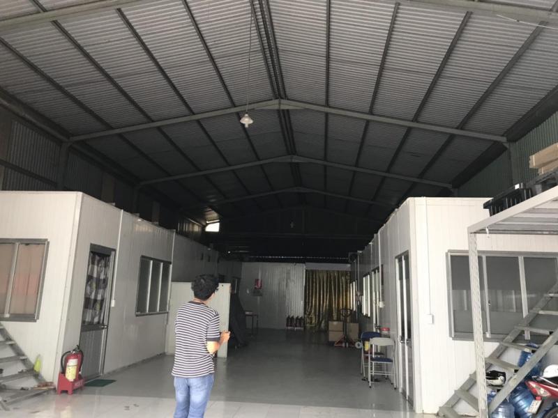 Cho thuê kho, nhà xưởng giá cạnh tranh, có sẵn văn phòng, kho đông thuộc trung tâm Thị trấn Bến Lức, Long An